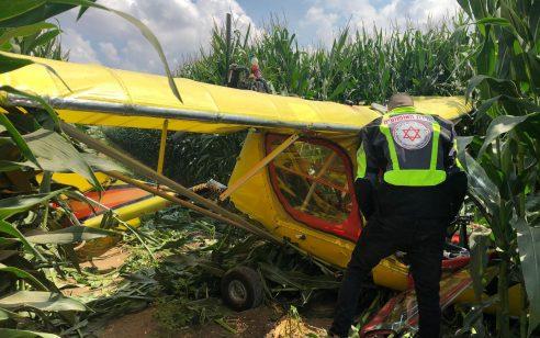 מטוס קל התרסק בשטח פתוח בקיבוץ שילר – הטייס כבן 75 פונה במצב קל
