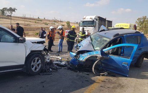 פצוע בינוני ו-5 קל בתאונה בסמוך לצומת משמר הנגב