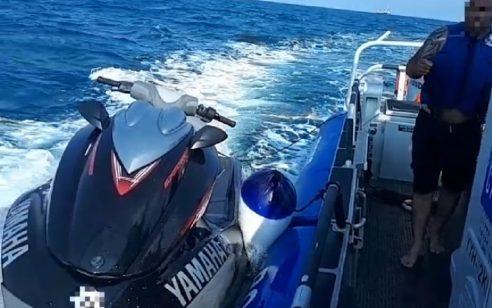 יחידת השיטור הימי חילצו זוג מחיפה שנקלע למצוקה בעומק הים עם אופנוע ששבק חיים