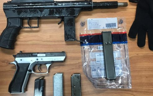 מח״ש חוקרת 5 שוטרים מהצפון בחשד שסחרו בכלי נשק ובאמל״ח שגנבו ממקום עבודתם
