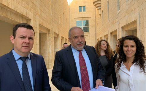 ישראל ביתנו: חקירה העלתה חשד כי חברה רוסית נשכרה לצורך השחרת המפלגה ברשתות