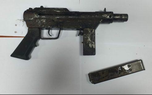 הלילה נתפסו בכפר פורדיס כלי נשק מסוג קרלו שהוחזק באופן לא חוקי