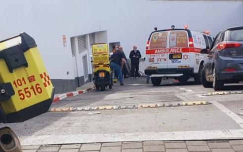 פועל בן 50 התחשמל במהלך עבודתו בתל אביב – מצבוקשה