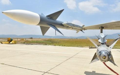 """לראשונה: טיל אויר אויר ישראלי למרחק של יותר מ- 100 ק""""מ"""