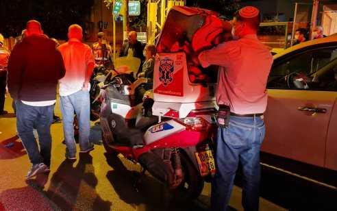 רוכב קטנוע כבן 18 נפצע בתאונה בבת ים – מצבו בינוני